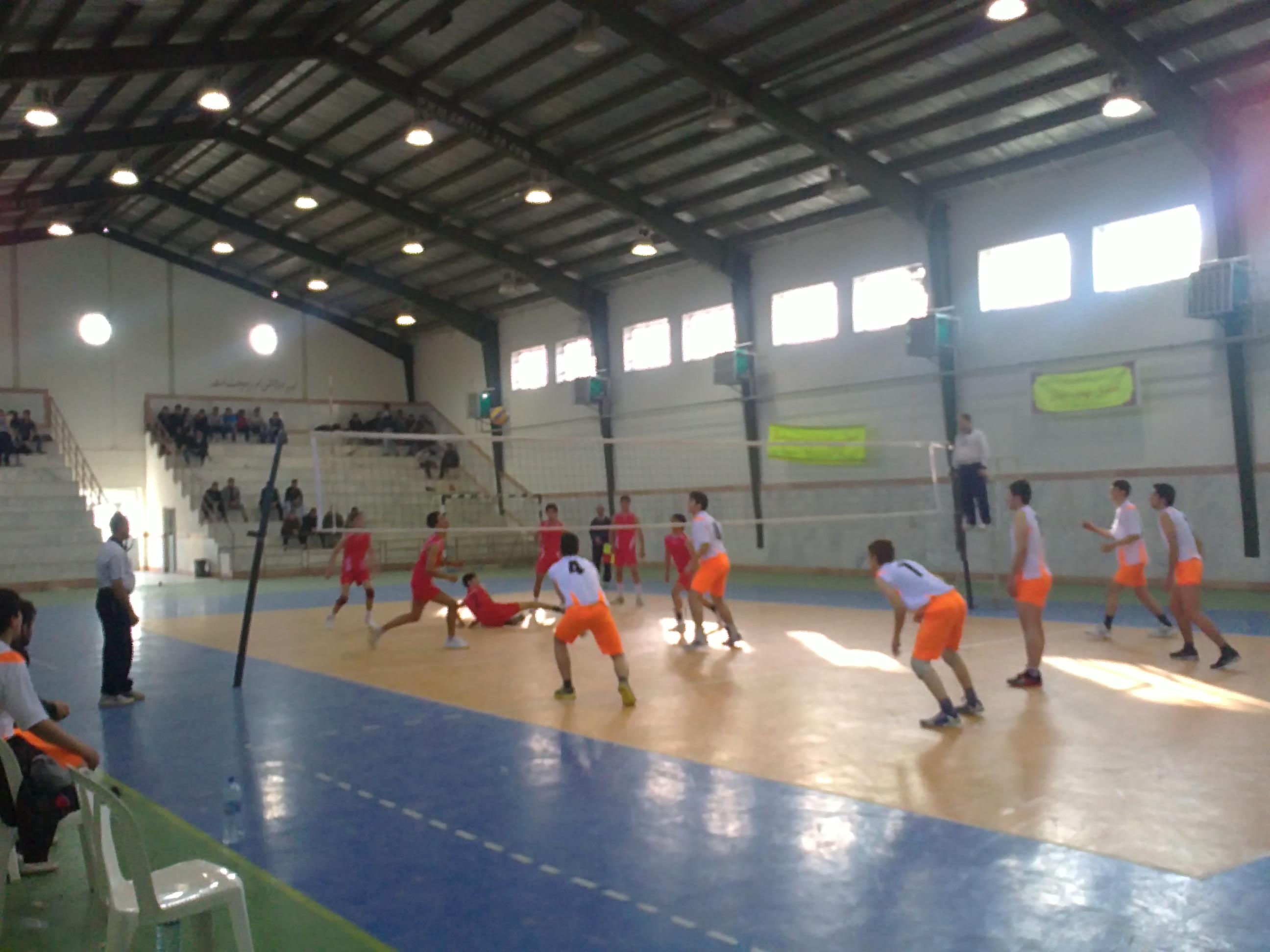 خمام - برگزاری مسابقات والیبال دانشآموزی در مقطع تحصیلی متوسطه