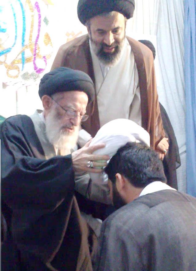 مراسم عمامه گذاری حجة الاسلام والمسلمین حاج مجتبی پوریوسفی