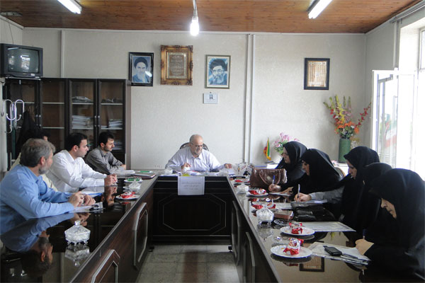 برگزاری جلسه هم اندیشی سرگروههای آموزشی در آموزش و پرورش
