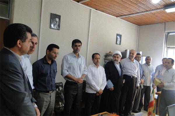 """دیدار رئیس آموزش و پرورش با """"حسین شریعتپور""""، یکی از جانبازان فرهنگی"""
