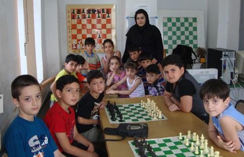 خمام - برگزاری کلاسهای تابستانی شطرنج ویژهی نوجوانان زیر 12 سال