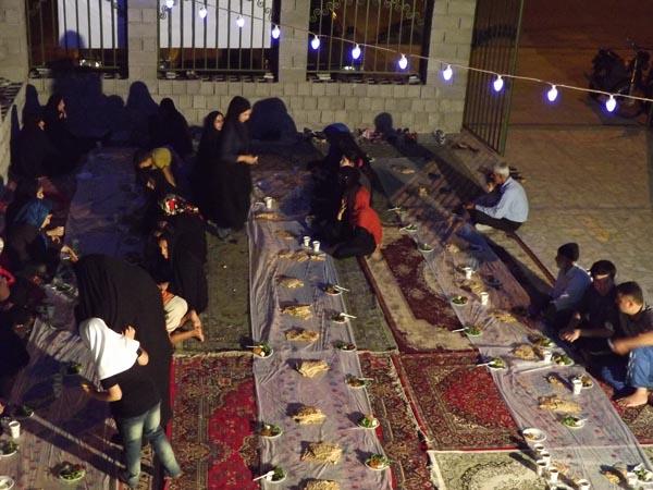 برگزاری طرح اطعام ایتام و نیازمندان توسط کمیته امداد امام خمینی (ره)