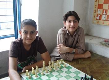 خمام - قهرمانی شطرنجباز خمامی در مسابقات جام رمضان باشگاه نخبگان رشت