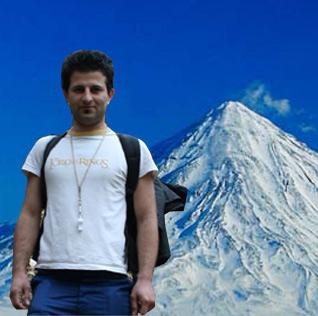 صعود به قلهی مرتفع 5671 متری دماوند