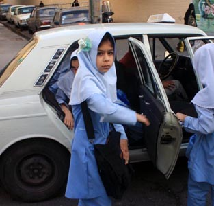 خمام - 18 مهر، آخرین مهلت برای دریافت کارت ویژهی سرویسهای مدارس
