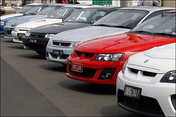 خمام - اعضای شورای شهر خمام با چه خودروهایی در شهر تردد میکنند ؟!