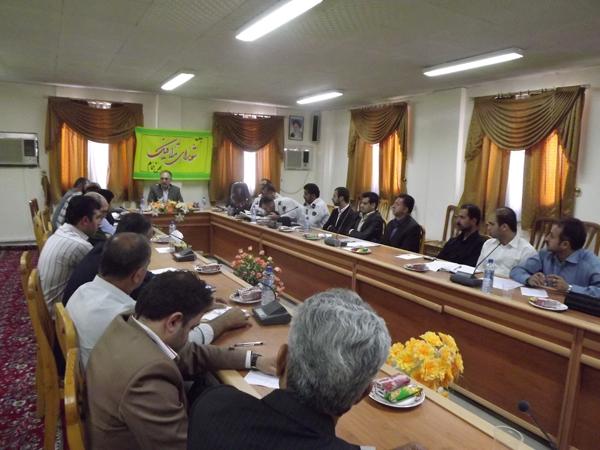 جلسهی شورای ترافیک بخش خمام در سالن اجتماعات بخشداری برگزار گردید