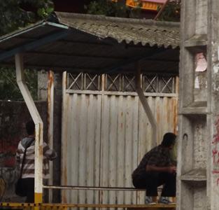 خمام - سایبان ایستگاه تاکسی خمام-تیسیه تا پایان هفته جمعآوری خواهد شد