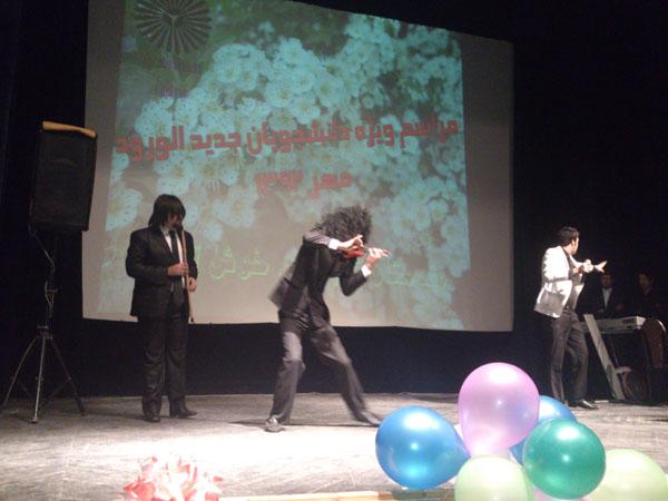 اجرای هنرمندان خمامی در نشست آموزشی و فرهنگی دانشجویان دانشگاه پیامنور