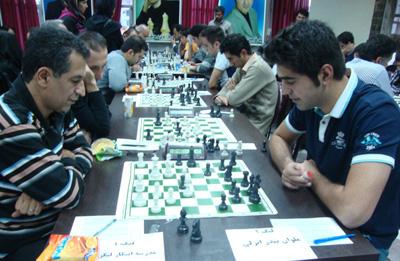 خمام - تساوی شهرداری خمام در مقابل سلاطین فومن در هفتهی دوم لیگ شطرنج گیلان