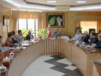اولین جلسهی کاری استاندار با مسئولین خمام و سرمایهگذاران خارجی صورتپذیرفت