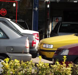 تخلف نمایشگاهداران اتومبیل ادامه دارد!
