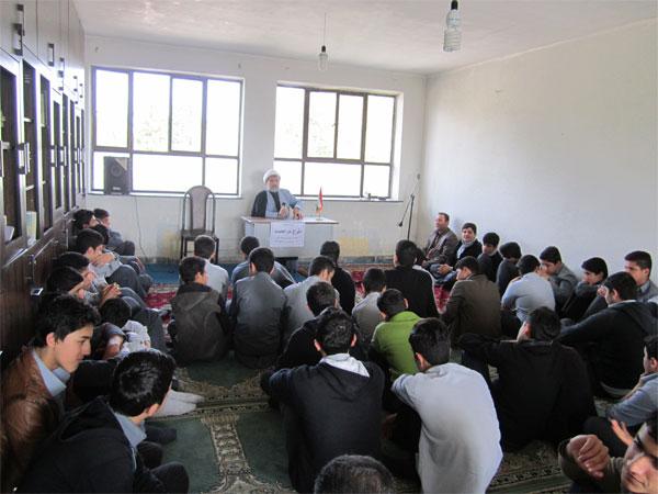 خمام - طرح مرجعیت برای پایهی اول دبیرستان شهید زحمتکش خمام به اجرا در آمد