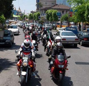 رژهی موتورسواران در خمام برگزار شد