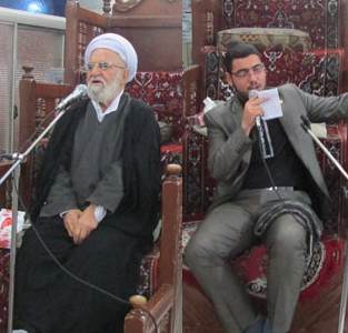 خمام - برگزاری مراسم عزاداری امام حسین (ع) بعد از نماز مغرب و عشاء در مسجد جامع