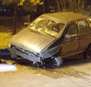 انحراف بهچپ خودروی پراید در حاشیهی دوربرگردان کمربندی حادثه آفرید
