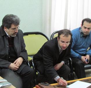 خمام - دومین جلسهی بررسی مسئلهی ترافیک شهر خمام در دفتر شهردار برگزار شد