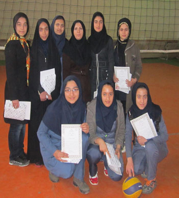 مسابقات والیبال دختران در مقطع متوسطهی اول بخش خمام برگزار شد