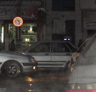 خمام - افزایش ترافیک بهدلیل عدم توجه رانندگان به تابلوی راهنمایی و رانندگی