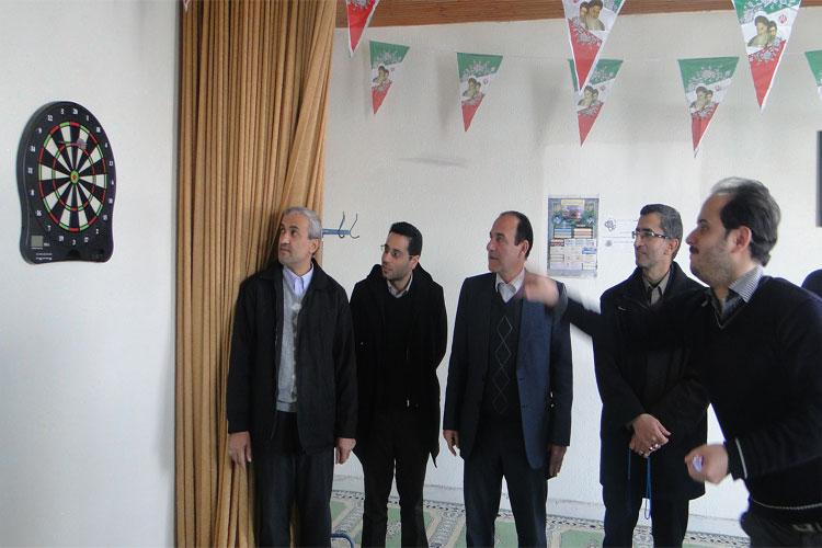 مسابقهی دارت بین کارمندان ادارهی آموزش و پرورش خمام برگزار شد