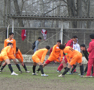 خمام - برد 4 بر 0 تیم نوجوانان شهرداری خمام در مقابل تیم نوجوانان گلساران رشت