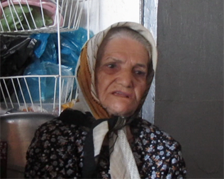در دیدار با «مادر شهید هاشم حسینی»