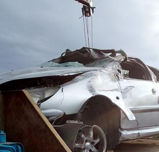 واژگونی دو دستگاه خودروی پژو 206