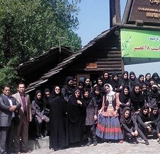 خمام - بازدید دانشآموزان رشتهی نقشهکشی معماری الزهرا از موزهی میراث روستایی