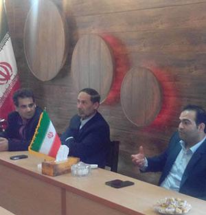 خمام - دیدار شهردار و کارمندان شهرداری با اعضای شورای اسلامی شهر خمام