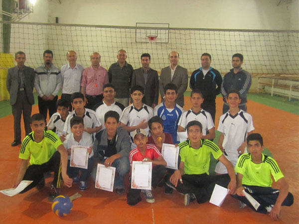 قهرمانی تیم آموزشگاه قدس شیجان در مسابقات والیبال مقطع متوسطهی اول