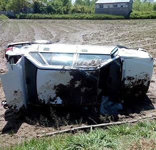 واژگونی خودروی پراید در کمربندی خمام