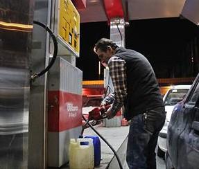 خمام - 60 لیتر سهمیهی بنزین 700 تومانی خودروهای شخصی واریز میشود