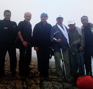 خمام - صعود گروه کوهنوردی شهرداری خمام به ارتفاع 2700 متری کلهقندی ماسوله