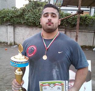 خمام - «محمد پارسا» قهرمان مسابقات قویترین مردان کاپ آزاد فرا استانی