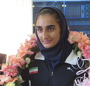 از «سوگند حقپرست» بازیکن تیم ملی والیبال دختران جوان ایران تقدیر شد