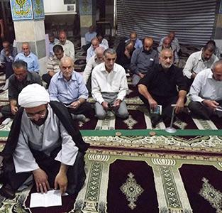 خمام - مراسم زیارت عاشورا به مناسبت شهادت حضرت امام محمدتقی (ع) برگزار شد