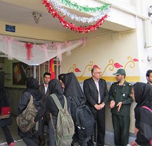 خمام - صبحگاه مشترک در دبیرستان دخترانه کوثر خمام برگزار شد