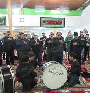 مراسم عزاداری در مسجد آقا دو برادارن برمچه