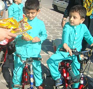 برگزاری مسابقه دوچرخه سواری به مناسبت هفته تربیت بدنی و مراسم روز جهانی غذا