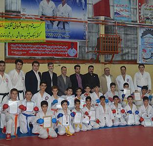 خمام - از هنرجویان کاراته در حضور رئیس سبک جهانی گوجوریو واتانابهها ایران تجلیل شد