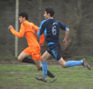 خمام - پیروزی 3 بر 2 تیم فوتبال شهید فانی خمام در برابر دهیاری کوچصفهان