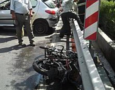 سرعت غیرمجاز موتور سیکلت یک کشته و یک مجروح بر جای گذاشت