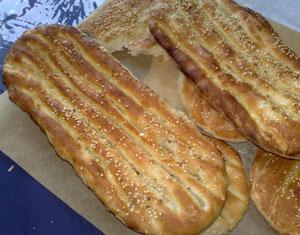 نان سنگک و نان بربری، هر کدام 1000 تومان