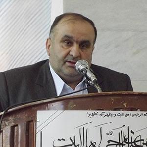 اسماعیل احمدنیا به ارائه گزارش هزینهکرد و عملکرد شورای شهر و شهرداری پرداخت