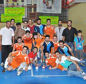 مسابقات فوتسال جام رمضان پس از برگزاری 70 بازی در سالن تختی خاتمه یافت
