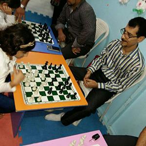 خمام - برگزاری مسابقات شطرنج بین پدران و فرزندان