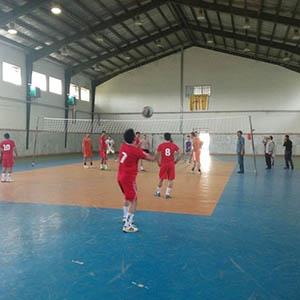 خمام - 16 تیم در مسابقات والیبال گرامیداشت هفته دفاع مقدس به رقابت میپردازند