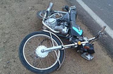 زن میانسال در تصادف با موتورسیکلت جان باخت