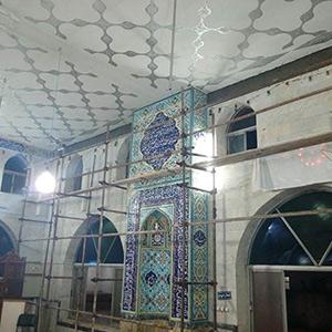 خمام - فضای داخلی مسجد جامع خمام مرمت میشود