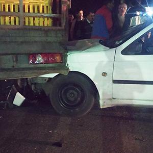 خمام - تصادف خودروی آردی با کامیون حمل طیور